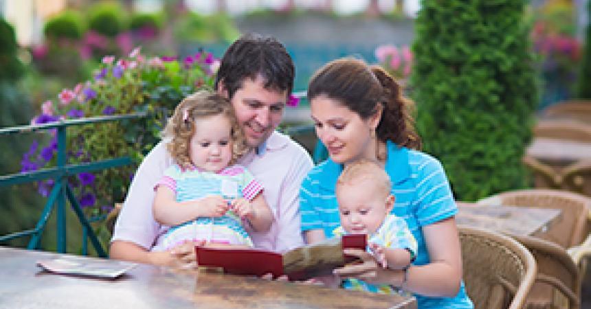 SOS ristorante: è così difficile uscire a cena con un bimbo piccolo?