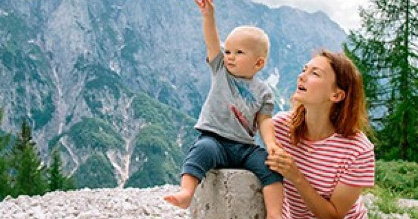 The benefits of a mountain holiday for your children