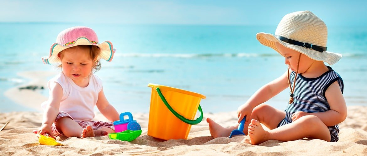 Ways to enjoy the sun safely and protect your child's skin from sunburn