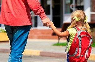 Wie man Kinder auf ihr erstes Kindergartenjahr vorbereitet