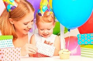 Les premières fêtes d'anniversaire