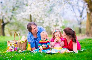 Picknick in Gesellschaft der Eidechse Luccy